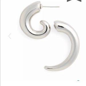 Vetements Spiral illusion silver earring NWT